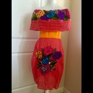 Mexican off the shoulder dress embroidered OS